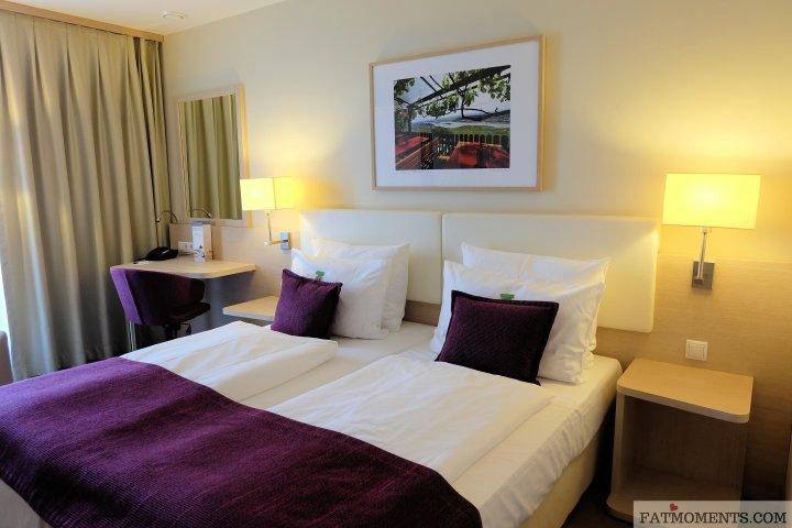 Ghotel Room