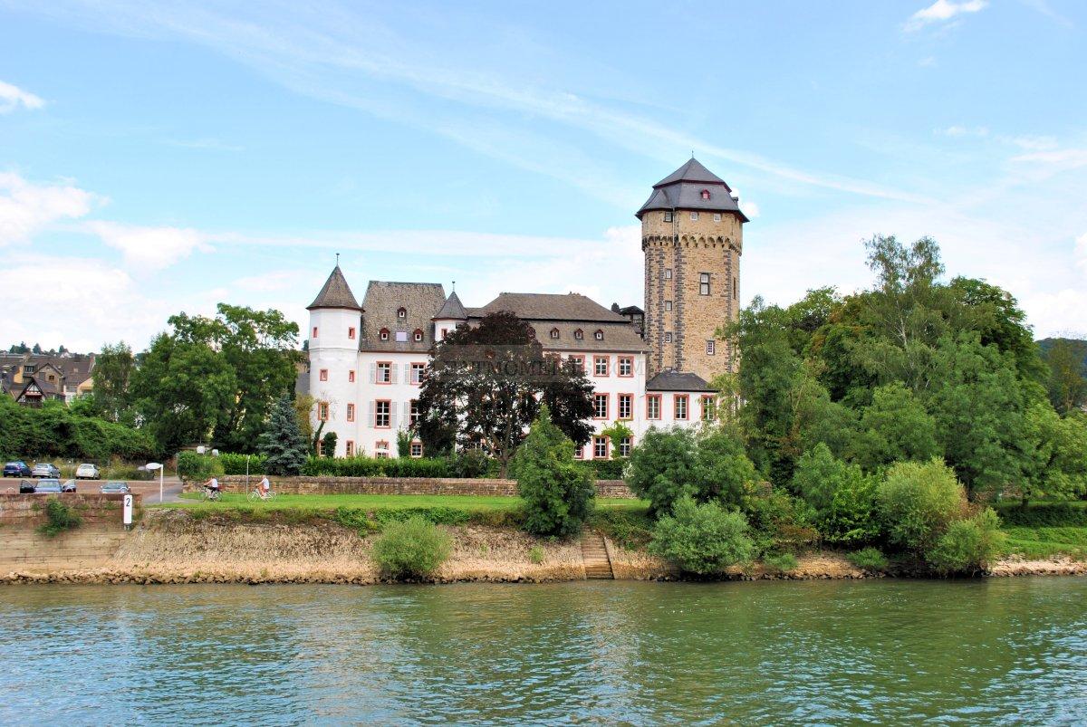 Martinsburg Palace