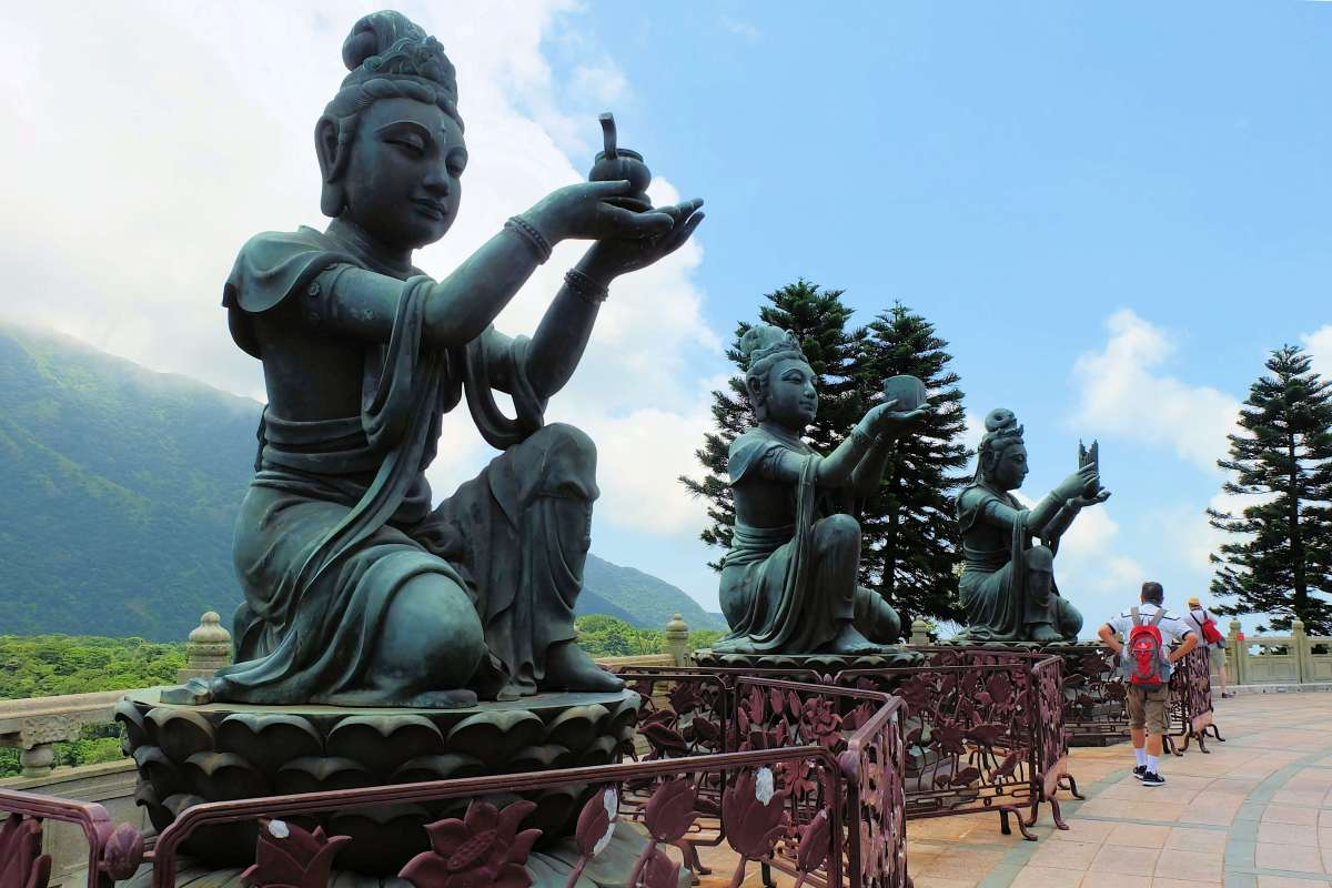 Tian Tian Buddah 3