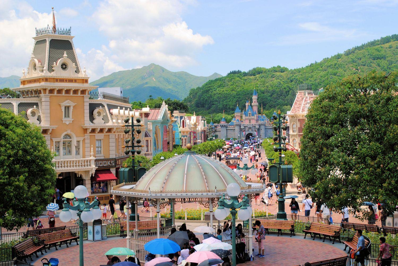 Hong Kong Disneyland 3 Magical Days Experience Food And Travel Voucher Hongkong Moments