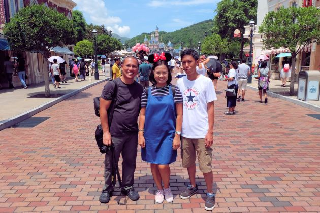 Us Disneyland HK 1