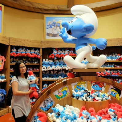 Joy with Papa smurfs