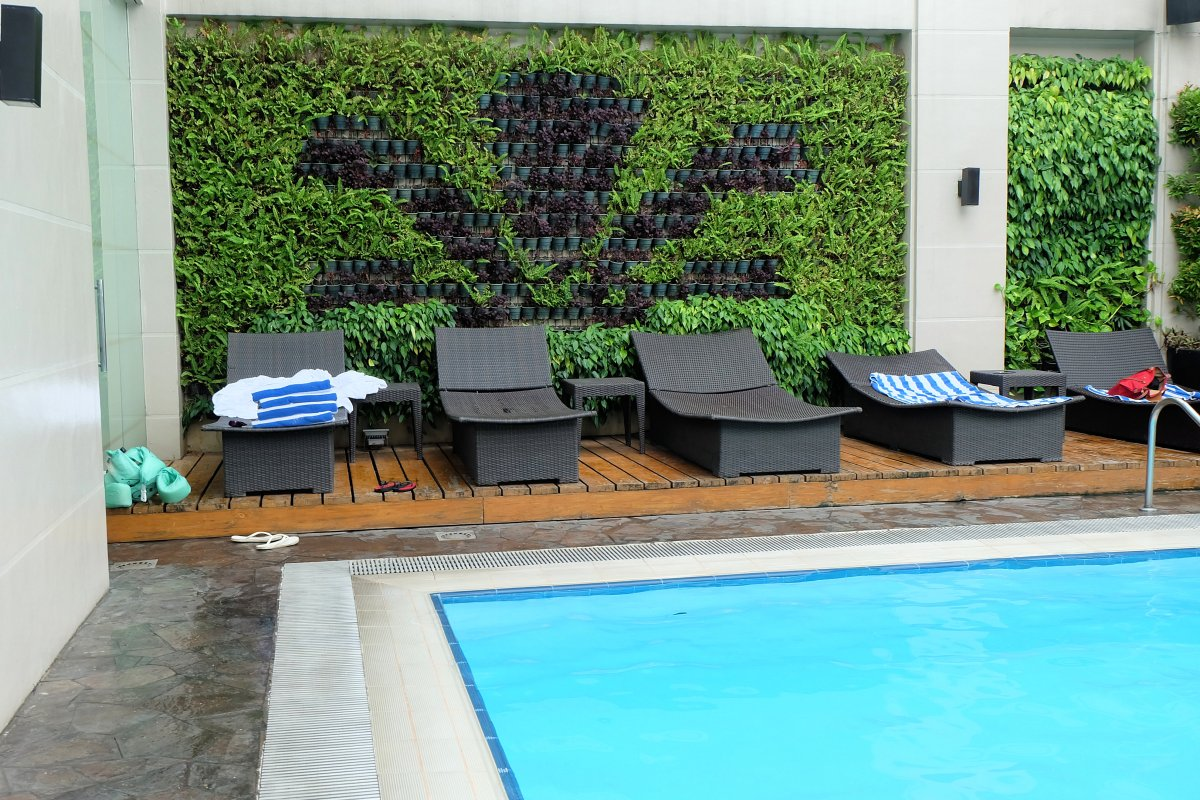 City Garden Hotel Makati Pool