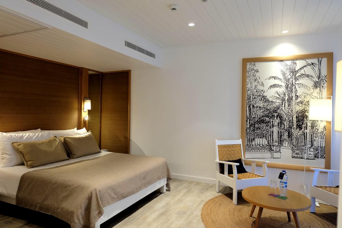 CB-Room006