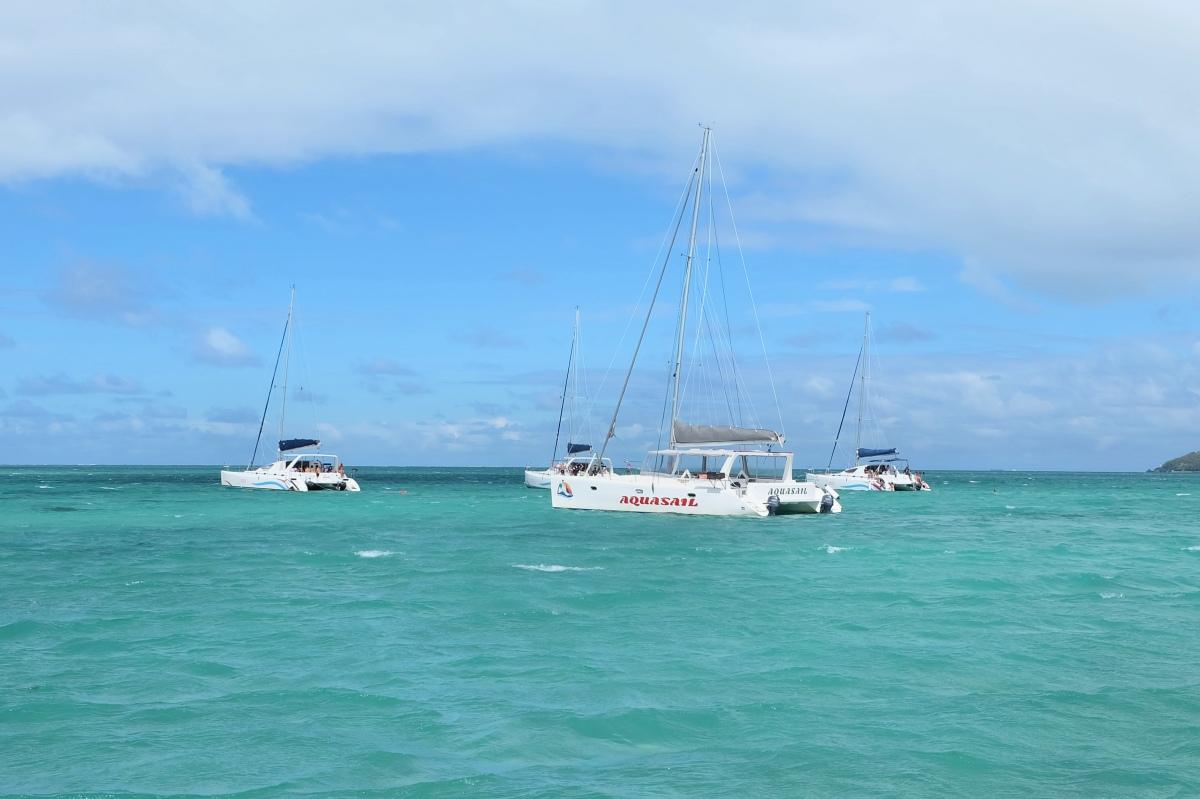 Catamaran Sailing03