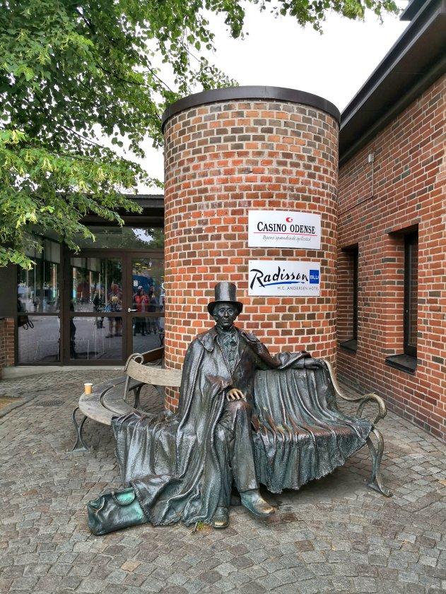 H.C. Andersen Statue